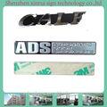 المعدات المعدنية 2014 3d التسميات مع تسميات مثل العلامة التجارية الشركة