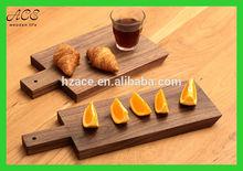 Custom wood serving board with a handle Custom wood cutting board with a handle
