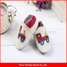 2014 moda verão fresco do bebê meninos sapatos de sola vermelha