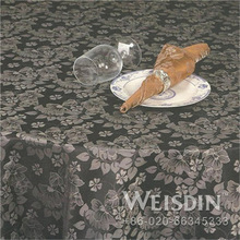 Outdoor Guangzhou Plain Dyed classic candle light bell embroidery table cloth flower edge