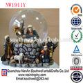 feitos de resina tema religioso christain figura angel globo de neve