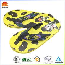 Beautiful high quality cheap cute men beach flip flops slippers
