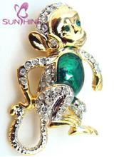 Adorable Gold Tone Green Enamel Chimpanzee Monkey Animal Pin Brooch Crystal Fashion Jewelry