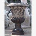 Décoration de jardin en pierre sculptée manoir. table vase décor peint à la main