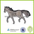 Motifs de broderie patch chevaux. accessoire de vêtement