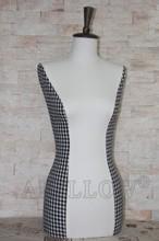 Tela cubierta de medio cuerpo femenino torso del busto de las mujeres de costura del maniquí