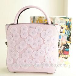 Graceful trendy stylish women shoulder bag