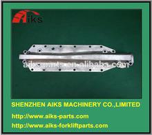 6D125 diesel engine parts 6150-61-2123 6150-61-2125 6D125 Oil cooler cover
