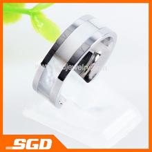 New design finger ring steel color simple and elegant Rings for men