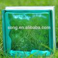 la artesanía y el arte decorativo de cristal del bloque