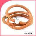 profesional de la fábrica de yiwu venta elegante macrame pulseras de las discusiones