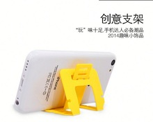 Smart hottest promotion gift mobile phone holder and stand christmas dual sim card 3g mobile phone