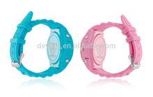 2014 Good quality star gps bracelet for children watch phone
