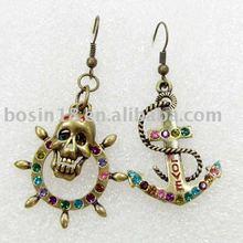 2012 Latest Skull and Anchor Earrings