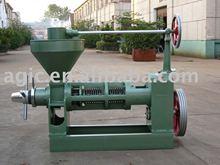 Oil Press/Oil Expeller/Screw Oil Press Machine