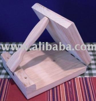 prensa de madera de la tortilla