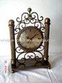 Relojes antiguos, reloj de metal, el reloj