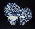 keramischer Teesatz mit Schale