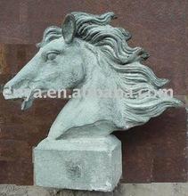Animal figure/figurine, Horse statue/sculpture, Garden Ornaments