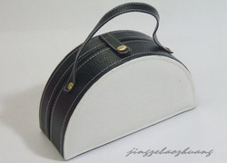 small PU leather packaging jewelry bag