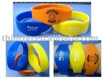 Custom silicone bracelet(silicone wristband,band)