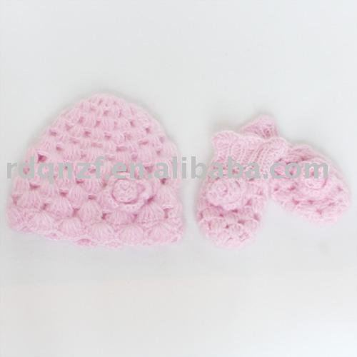 Baby Mittens Crochet Pattern - Crafts - free, easy, homemade craft