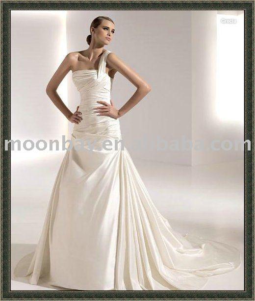 Charming fashion Christmas wedding dress mw91484 Christmas Wedding Fashion