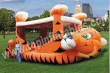 inflatable bouncer/tiggert cartoon