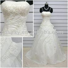 2012 Superior Quality Spaghetti Strape Appliqued Beaded Latest Bridal wedding Gown XIYUN093