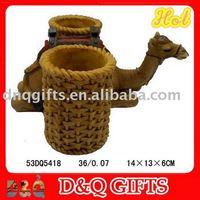 Polyresin Camel pen holder/decoration