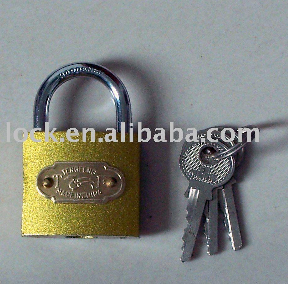ذهبية قفل حديد مطلي