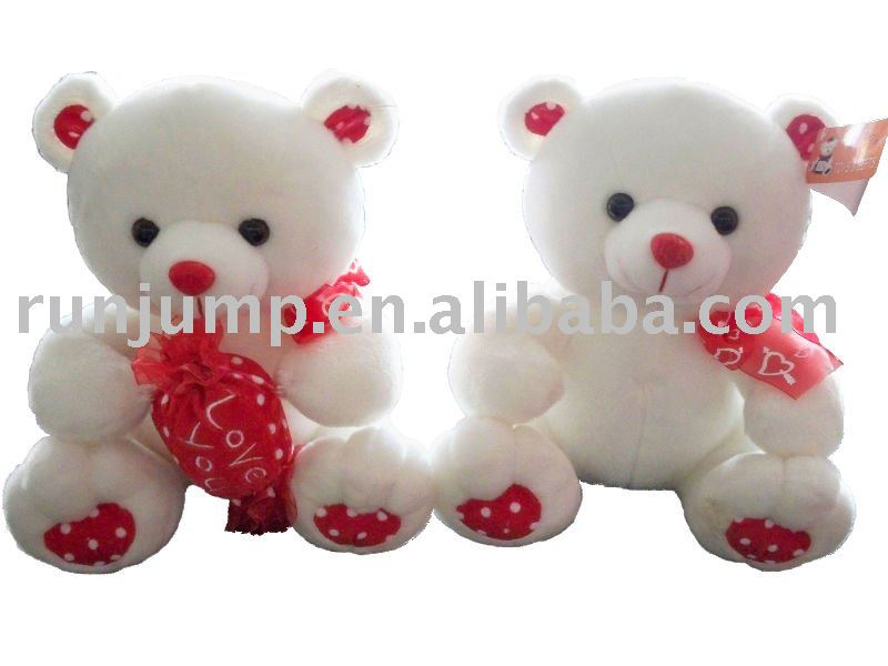 Teddy Bear Valentines Day. teddy bear with heart for