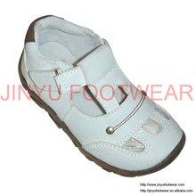 branco crianças roupas e sapatos