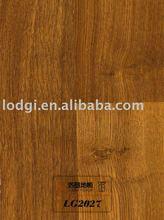 embossed laminate flooring