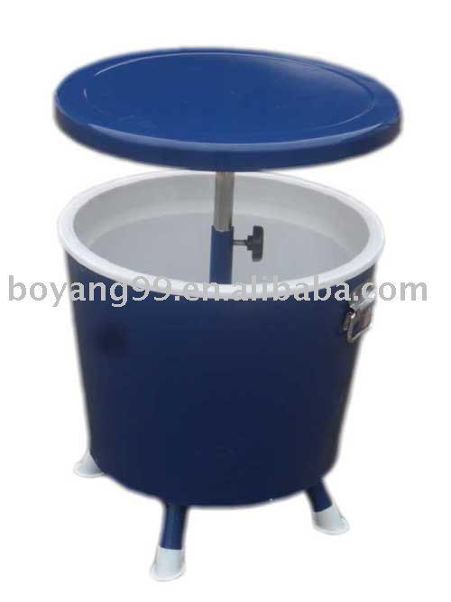 Garden table ice bucket