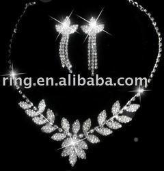 WEDDING RHINESTONE CRYSTAL NECKLACE EARRINGS SET