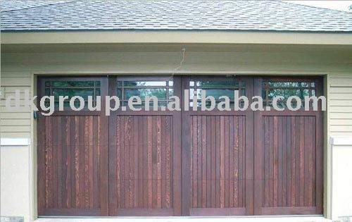 De madera de la puerta del garaje