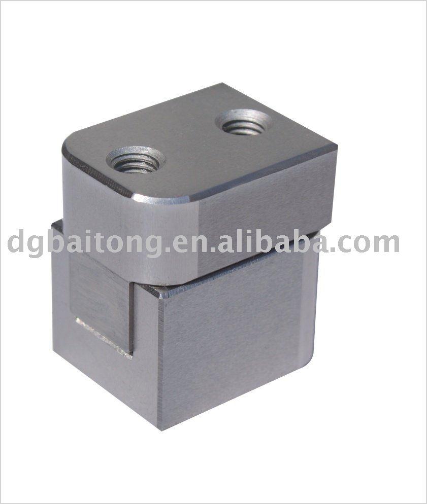 Injection Mold Side Locks