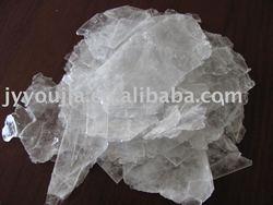 synthetic fluorophlogopite mica fragments
