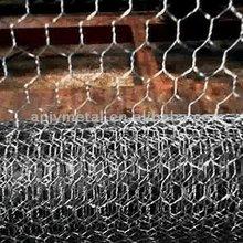 hex wire,/chicken wire fence,/hexagonal wire netting