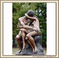 beijo amante estátua de bronze