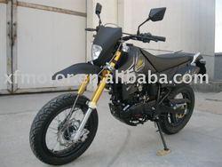 Suzuki model 200cc street bike