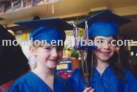 Preescolar vestido de graduación - niño vestido de graduación& cap