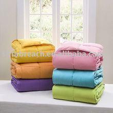 Polyester comforter