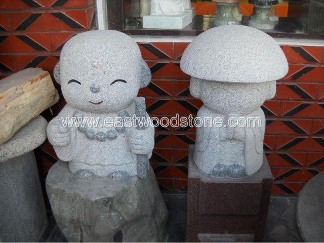 japonés la figura de granito tallado