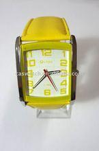 Cheap quartz watch