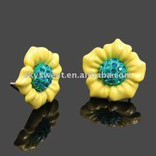 Fashion Crystal Lovely Flower Earrings(SWTZ6750)