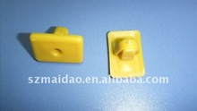 plastic clips and fasteners