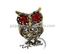 Fashion Antique Owl Finger Ring With Color Stone D00747o