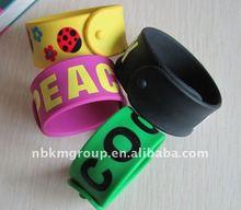 2012 popular silicone slap bracelet